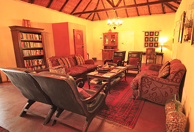 Lidiko Lodge Lake St Lucia Estuary Bed & Breakfast B&B Lounge KwaZulu-Natal South Africa