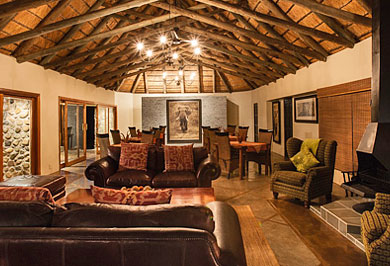 Amakhosi Safari Lodge KwaZulu-Natal Guided Safaris Tours Big Five Wildlife South Africa