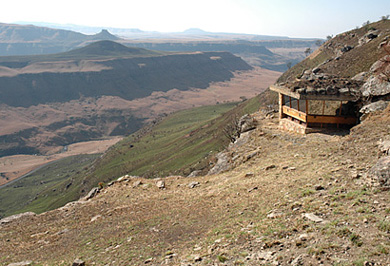 Mountain Hide Photographic Photo Safaris Giants Castle Drakensberg Mountains Private Safaris Tours Guide